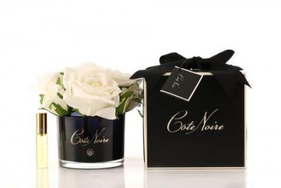 Côte Noire Perfumed Natural Touch 5 Roses in Black- Ivory White
